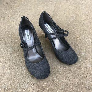 Steve Madden gray tweed heels